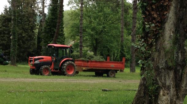 Entretien et tonte des espaces verts au Domaine de Saint-Paul