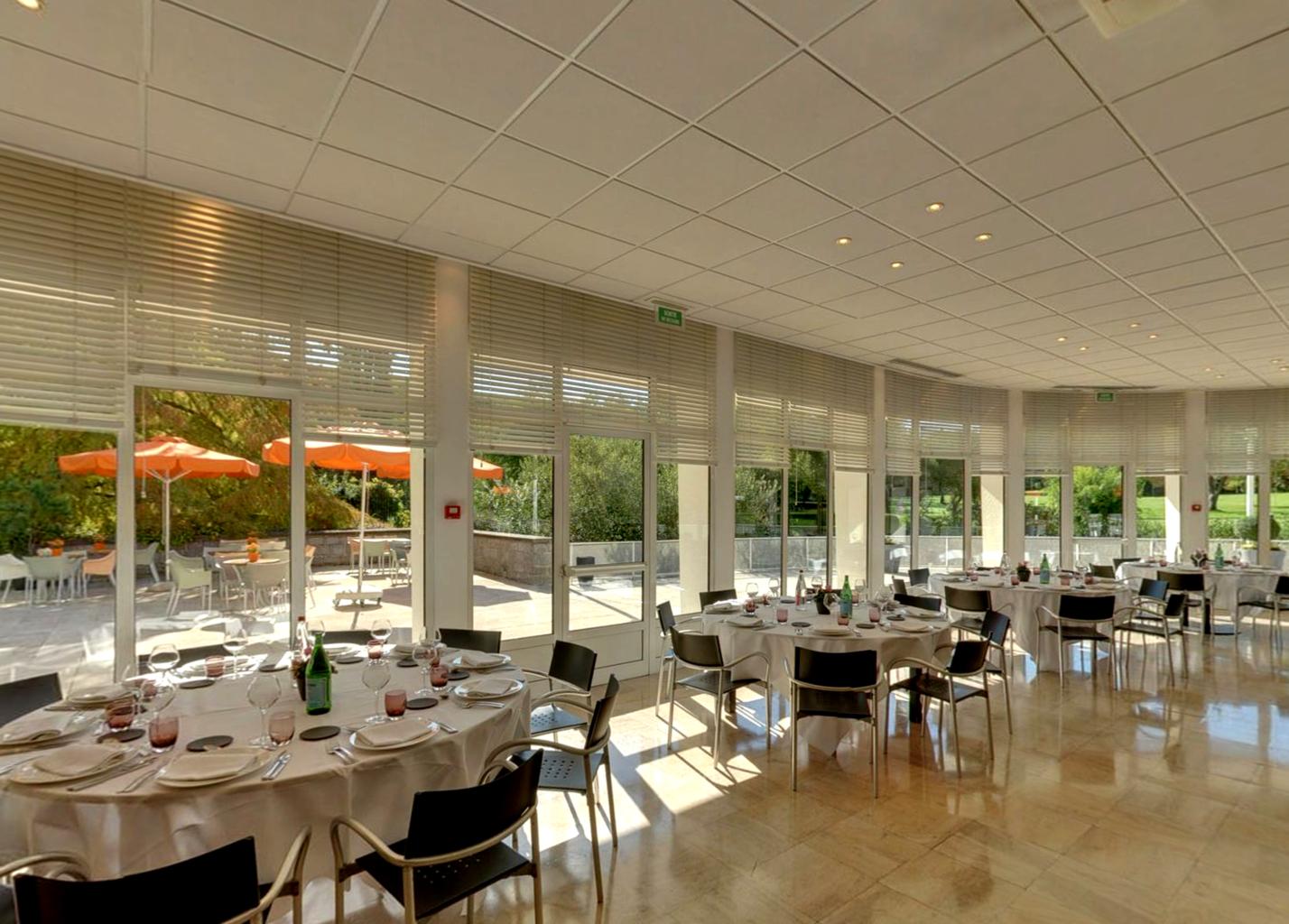 Restaurant La-Rotonde- Domaine de Saint Paul
