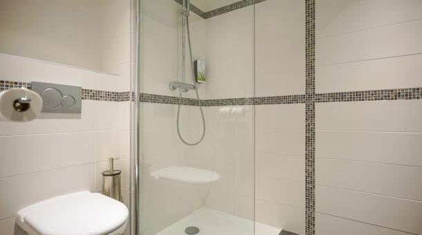 Salle d\'eau - chambre Pavillon Domaine de Saint-Paul - Domaine de ...